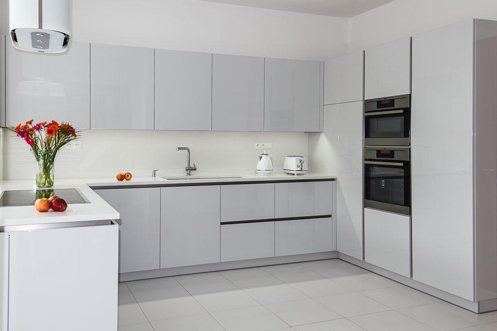 Elegantní a nadčasová kuchyně